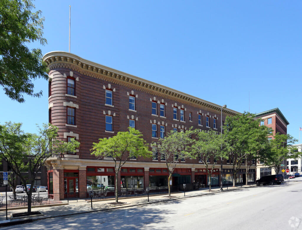 External View of Flatiron Building in Omaha